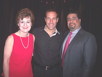 Executive Director Valerie Chilewski and President Dr. Martin Zamora with Jim Brickman, who entertained the crowd after dinner