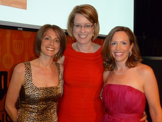 IIK Executive Director Lisa Merlino (center) with co-chairs Diane Reed (left) and Catherine Goodwillie
