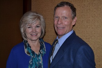 Event Chairs Lynda Brecke and Rick Schwartz (board president)