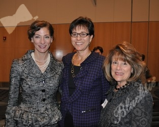 Natalie Rekstad-Lynn (l) 