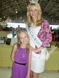 Rylee Vogel chats with Miss Colorado, Diana Dreman