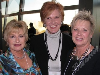 Lucy Kissinger, left, with Rhonda Vickers and Lois Bradbury