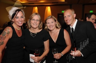 Laurie Maves, left, with Kathy Selby, Erin and Josh Kenkel