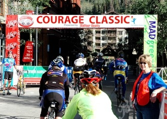 Starting today's ride... off they go from Copper Mountain to Leadville, Colorado.