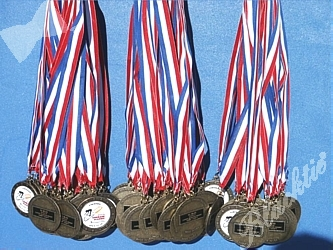 1700 medals for the riders who completed all three days