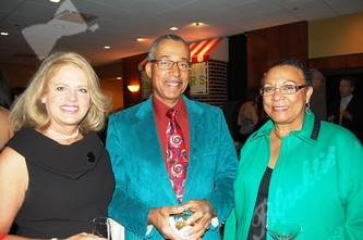 Deb Smith, left, with Arnold and Myrtle Roane (past Alliance board president)