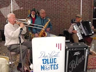 Dan Leavitt's Blue Notes provided a little jazz and swing for the Bone-nanza crowds.