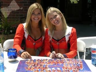 Blacktie Photos Bronco Cheerleaders Lindsay Mcbride